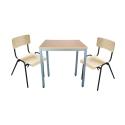 Tischgruppe mit 2 Stühlen